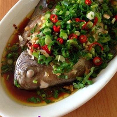蒜蓉菜谱蒸黑鲳的制作方法及豆豉-百食汇汁步骤之食契约图片
